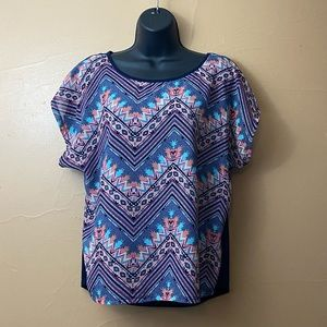 Absolutely Famous Short Sleeve Blouse Sz M  V-7